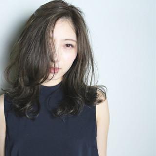 グラデーションカラー ナチュラル 外国人風 アッシュ ヘアスタイルや髪型の写真・画像