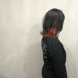 ボブ インナーカラーオレンジ 波ウェーブ 外ハネボブ ヘアスタイルや髪型の写真・画像