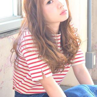 ロング 前髪あり パーマ 外国人風 ヘアスタイルや髪型の写真・画像