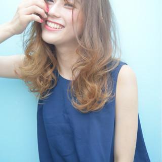 ハイライト ストリート グラデーションカラー 外国人風 ヘアスタイルや髪型の写真・画像