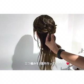 セミロング デート ヘアアレンジ 雨の日 ヘアスタイルや髪型の写真・画像