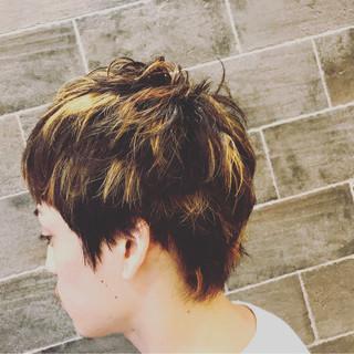 ストリート ボーイッシュ ブリーチ ショート ヘアスタイルや髪型の写真・画像