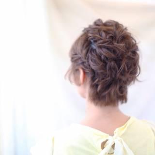ねじり モテ髪 フェミニン コンサバ ヘアスタイルや髪型の写真・画像