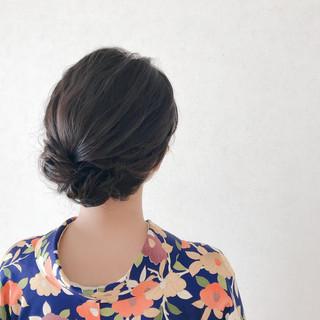 シニヨン 結婚式 ヘアアレンジ 簡単ヘアアレンジ ヘアスタイルや髪型の写真・画像