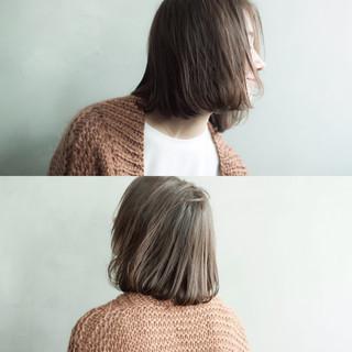 冬 色気 ボブ くせ毛風 ヘアスタイルや髪型の写真・画像