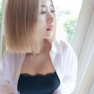 小顔ショート デート ボブ ナチュラル ヘアスタイルや髪型の写真・画像