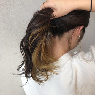 セミロング ポニーテールアレンジ 簡単ヘアアレンジ ストリート ヘアスタイルや髪型の写真・画像