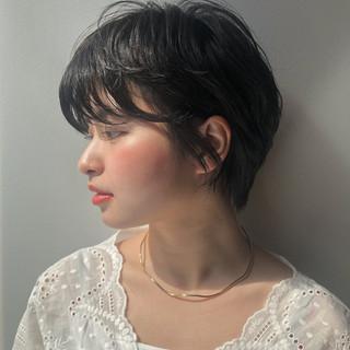 暗髪 ナチュラル デート ショート ヘアスタイルや髪型の写真・画像 ヘアスタイルや髪型の写真・画像