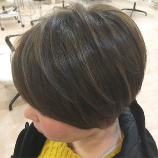 かっこいい ハイライト マット くすみカラー ヘアスタイルや髪型の写真・画像