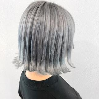 ホワイトアッシュ モード ボブ ホワイトカラー ヘアスタイルや髪型の写真・画像