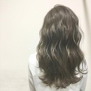波ウェーブ ウェットヘア 外国人風 ロング ヘアスタイルや髪型の写真・画像
