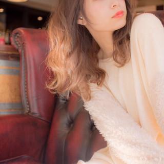 ゆるふわ フェミニン 大人かわいい ストリート ヘアスタイルや髪型の写真・画像
