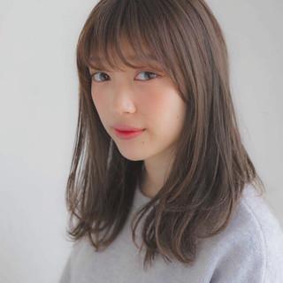 前髪あり ミディアム フェミニン デート ヘアスタイルや髪型の写真・画像