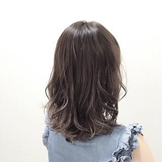 暗髪 ミディアム フェミニン 黒髪 ヘアスタイルや髪型の写真・画像