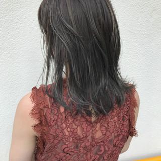 切りっぱなし ハイライト 外ハネ ボブ ヘアスタイルや髪型の写真・画像