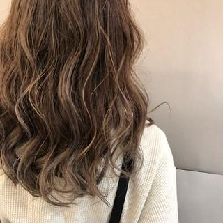 銀座美容師 河野絵奈さんのヘアスナップ