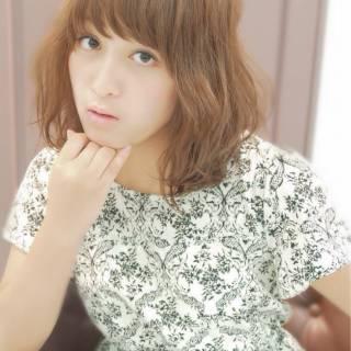 モテ髪 愛され 外国人風 ミディアム ヘアスタイルや髪型の写真・画像 ヘアスタイルや髪型の写真・画像