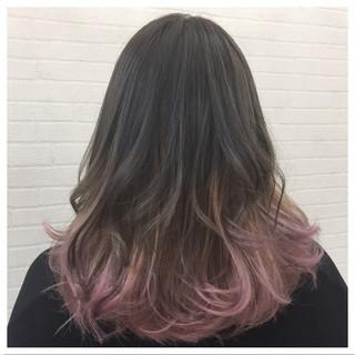 ストリート ミディアム インナーカラー ハイライト ヘアスタイルや髪型の写真・画像 ヘアスタイルや髪型の写真・画像
