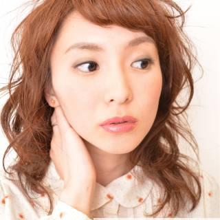 ミディアム ストリート 丸顔 ヘアアレンジ ヘアスタイルや髪型の写真・画像