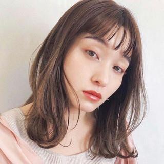 鎖骨ミディアム ミディアムヘアー インナーカラー ミディアムレイヤー ヘアスタイルや髪型の写真・画像