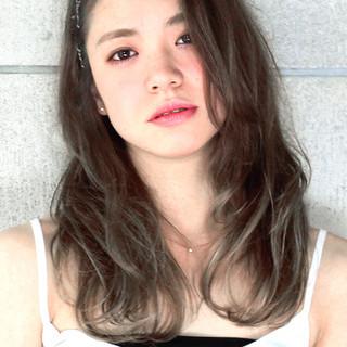 透明感 外国人風 ナチュラル グレージュ ヘアスタイルや髪型の写真・画像