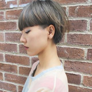 前髪あり 外国人風 アッシュ ハイライト ヘアスタイルや髪型の写真・画像