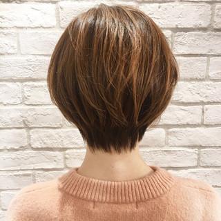 透明感 ショート リラックス ナチュラル ヘアスタイルや髪型の写真・画像