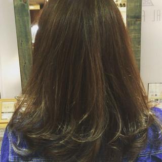 ブラウン アッシュ 外国人風 ミディアム ヘアスタイルや髪型の写真・画像