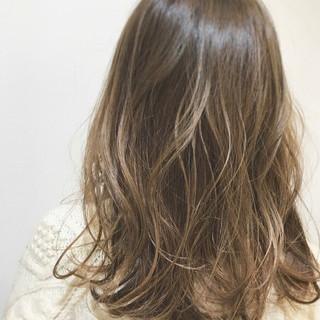 ウェットヘア 外国人風カラー ロング グラデーションカラー ヘアスタイルや髪型の写真・画像 ヘアスタイルや髪型の写真・画像