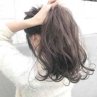アッシュ ロング 簡単ヘアアレンジ 秋 ヘアスタイルや髪型の写真・画像