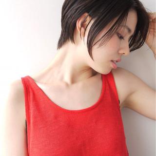 前下がり 黒髪 ナチュラル 簡単 ヘアスタイルや髪型の写真・画像