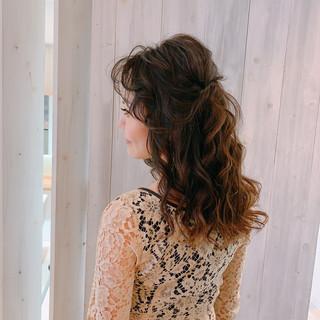 セミロング 抜け感 大人女子 結婚式ヘアアレンジ ヘアスタイルや髪型の写真・画像