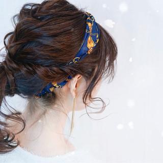 バンダナは頭に使っておしゃれに♡巻き方からヘアアレンジまで大紹介!