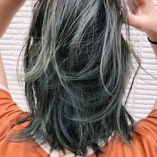 ロブ ストリート グレー ダブルカラー ヘアスタイルや髪型の写真・画像