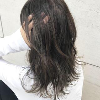アンニュイ ナチュラル ウェーブ ハイライト ヘアスタイルや髪型の写真・画像 ヘアスタイルや髪型の写真・画像