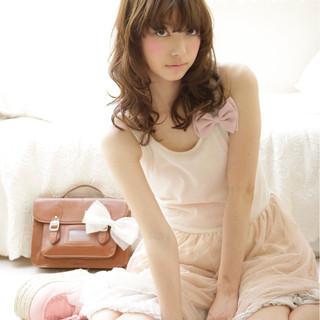 外国人風 ガーリー 大人かわいい フェミニン ヘアスタイルや髪型の写真・画像