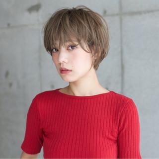 アッシュ 大人かわいい ショート 外国人風 ヘアスタイルや髪型の写真・画像