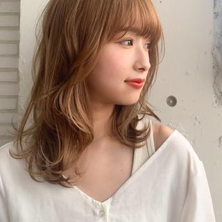 ミディアム レイヤースタイル 大人ミディアム 斜め前髪 ヘアスタイルや髪型の写真・画像