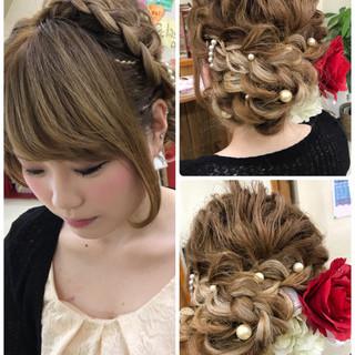 ガーリー 編み込み セミロング アップスタイル ヘアスタイルや髪型の写真・画像 ヘアスタイルや髪型の写真・画像