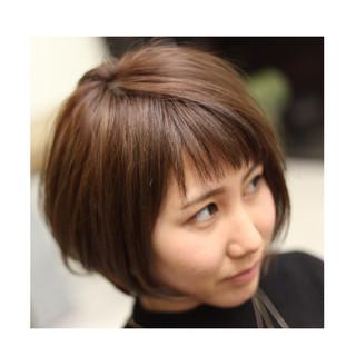 ナチュラル ボブ 大人女子 ハイライト ヘアスタイルや髪型の写真・画像