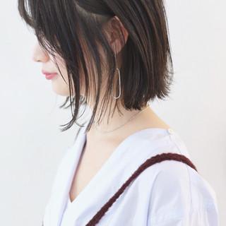 ストレート ボブ 抜け感 外ハネボブ ヘアスタイルや髪型の写真・画像 ヘアスタイルや髪型の写真・画像