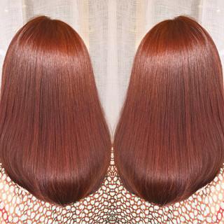 アウトドア スポーツ 冬 セミロング ヘアスタイルや髪型の写真・画像