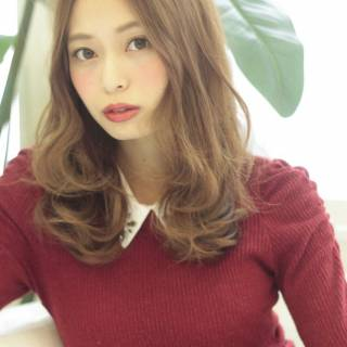 秋 セミロング 大人かわいい ゆるふわ ヘアスタイルや髪型の写真・画像