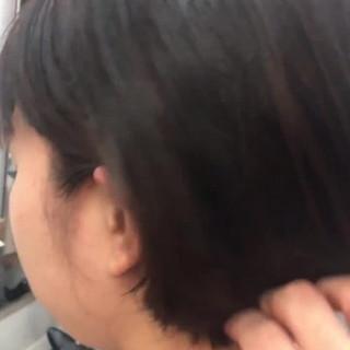 耳掛けショート モテボブ ナチュラル 暗髪女子 ヘアスタイルや髪型の写真・画像