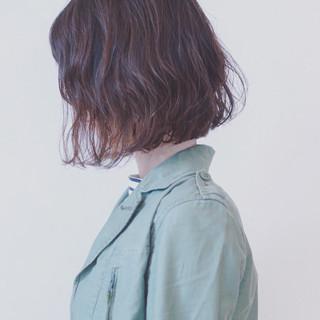 アウトドア フェミニン ボブ ニュアンス ヘアスタイルや髪型の写真・画像