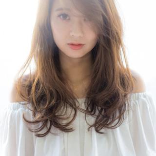 大人女子 小顔 大人かわいい ニュアンス ヘアスタイルや髪型の写真・画像