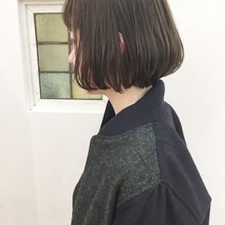 ミルクティー 大人かわいい 色気 ナチュラル ヘアスタイルや髪型の写真・画像
