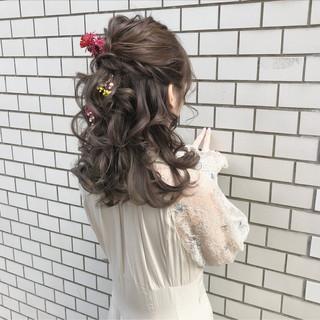 ヘアアレンジ ガーリー ハーフアップ デート ヘアスタイルや髪型の写真・画像 ヘアスタイルや髪型の写真・画像