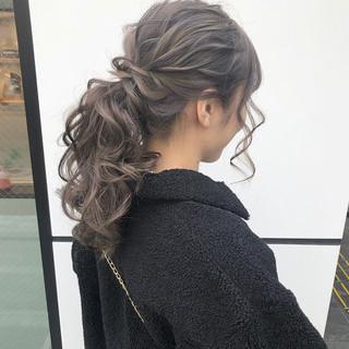 ポニーテール 大人可愛い ナチュラル ロング ヘアスタイルや髪型の写真・画像