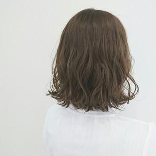 大人かわいい ボブ 外ハネ ナチュラル ヘアスタイルや髪型の写真・画像